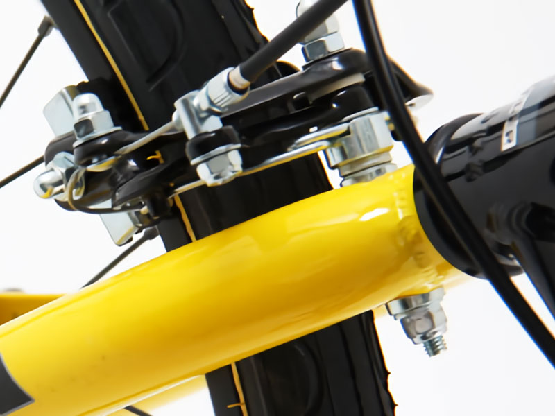 フロントマッドガードボルト固定型フロントマッドガード(ボルト固定型)取り付け方法画像