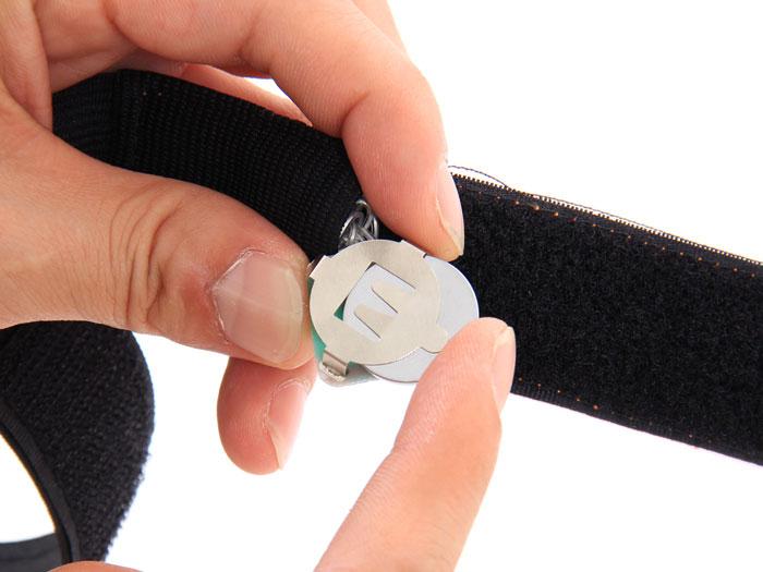 LED裾バンド電池交換方法(静止画)画像