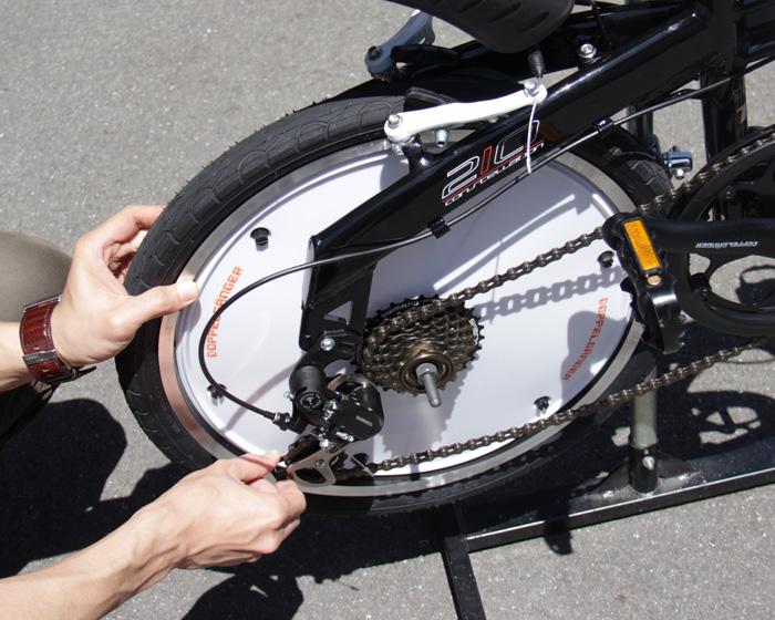 リアホイールカバー(700Cリア用)取り付け方法(静止画)画像