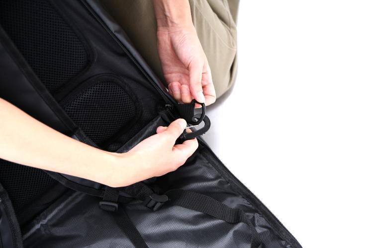 フォルダブルスーツケーススーツケースからバックパックへ画像
