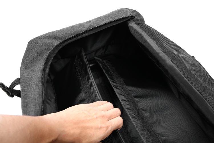 フォルダブルスーツケース収納状態からスーツケースに画像