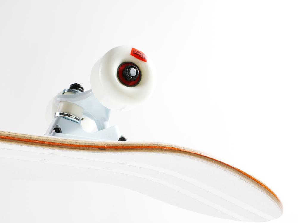 DSB001-WH スケートボード 主な特徴