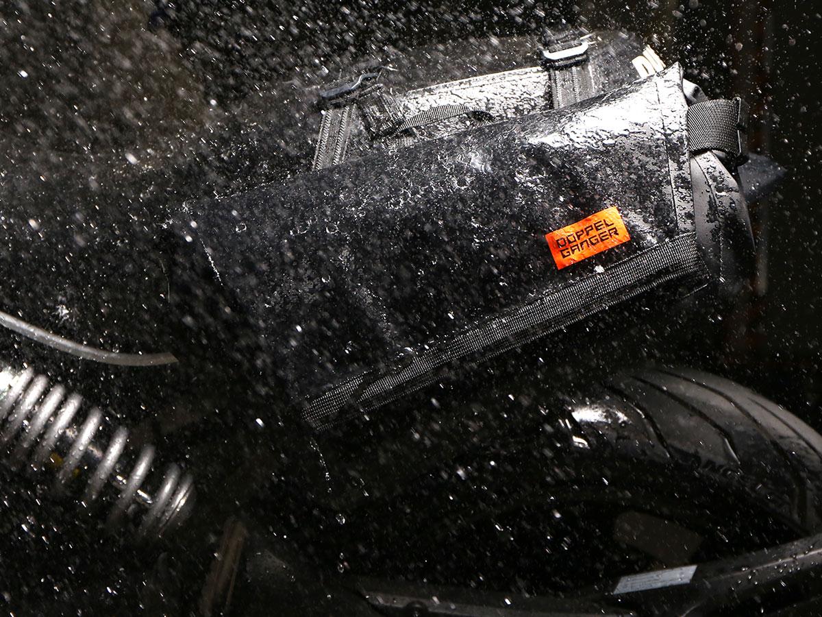 DBT509-BK ターポリンシングルサイドメッセンジャーバッグ 主な特徴