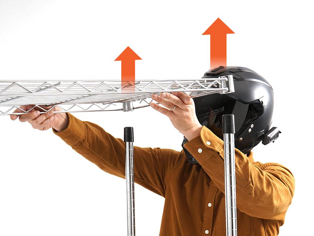 ヘルメットハンガースチールラックへの取り付け方法画像