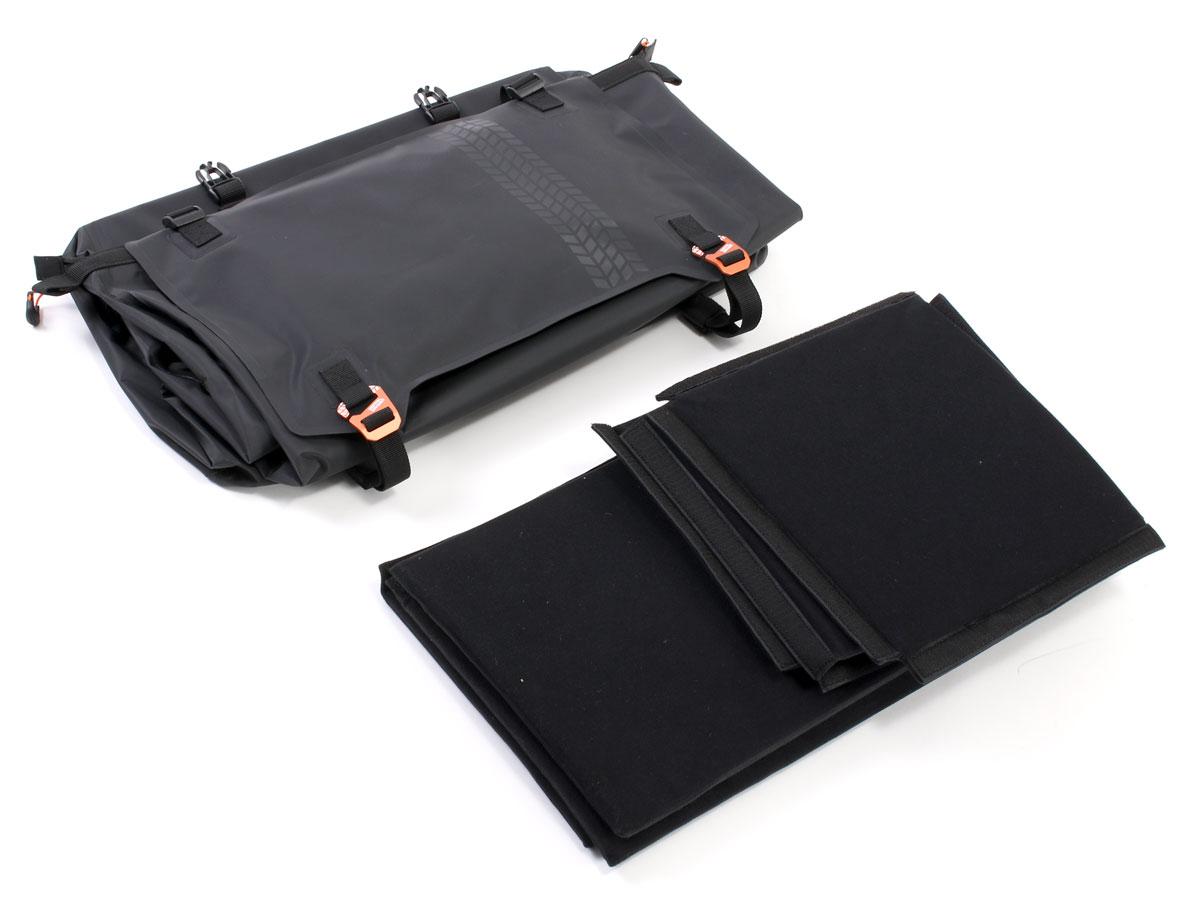 DBT611-BK ターポリンシートバッグ ツアー 主な特徴の補足